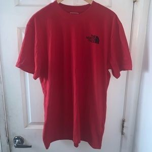 NORTH FACE RED TEE